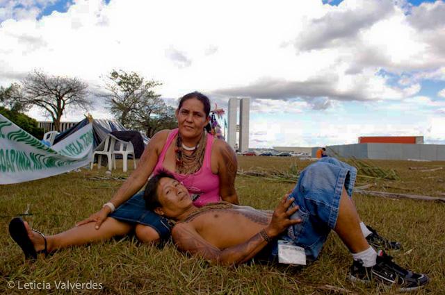 Real-Postcards-Brasilia-11.jpg