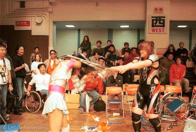 Japanese-Female-Wrestlers-5.jpg