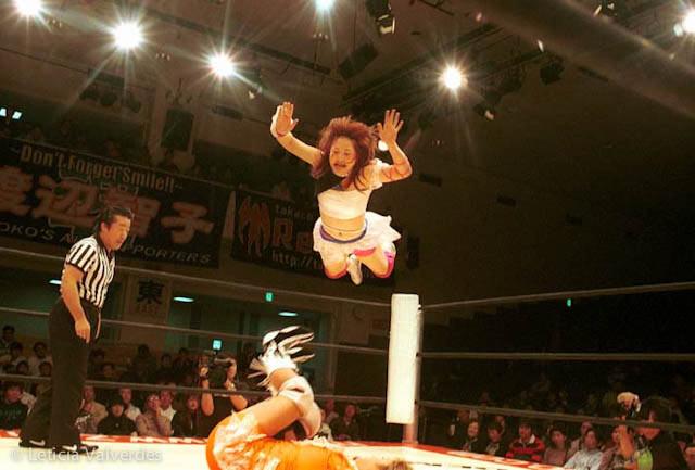 Japanese-Female-Wrestlers-6.jpg
