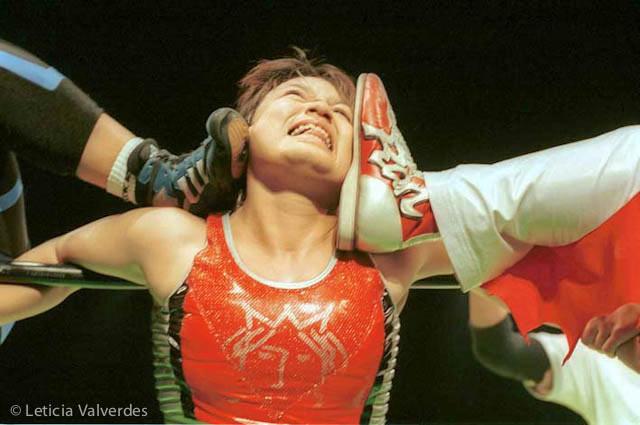 Japanese-Female-Wrestlers-4.jpg