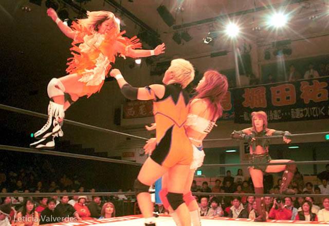 Japanese-Female-Wrestlers-8.jpg